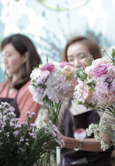 Flower Arranging Class - Black Bouquets